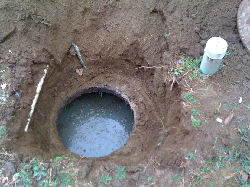 how to tell when your septic tank is full